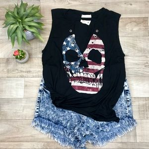 Tops - American rebel tank w grommets and keyhole size m